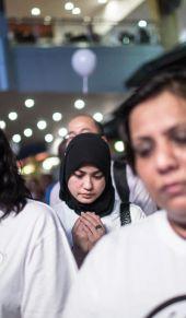 马来西亚各界人士为失联航班MH370祈福