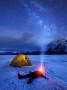 加拿大摄影师记录绝美星空景色