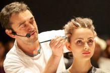 盘点高逼格职业:发型师年均收入达2万美元