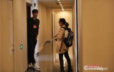 女记者男厕堵访刘翔