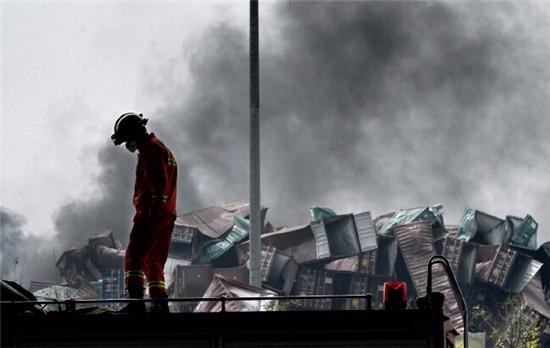 p42  8 月14日,天津港爆炸核心区域。CFP