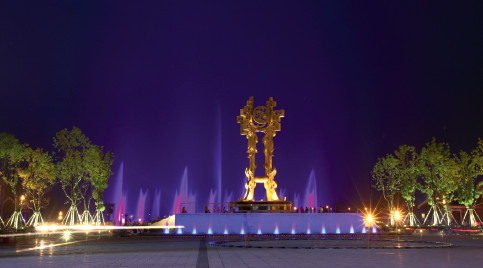 p74 六安集中示范园区文化产业区——悠然蓝溪礼源广场夜景