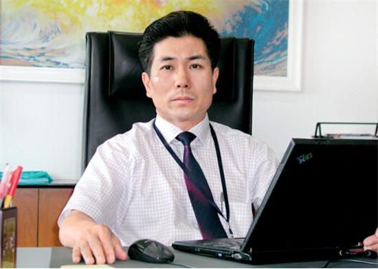 p43 上海微电子装备有限公司总经理贺荣明