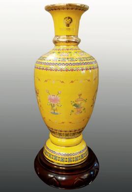 p71-1 西藏50周年庆典礼品80公分高珐琅彩平安瓶