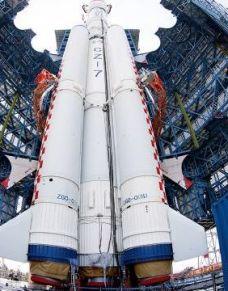视觉:长征七号运载火箭首飞成功