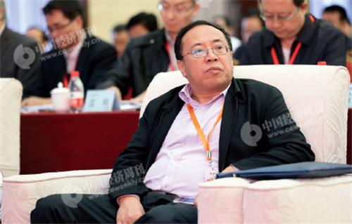 p10(6)人民日報社甘肅分社社長林治波