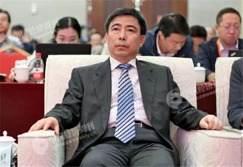 p10(4)甘肃省政府副秘书长、办公厅主任常正国