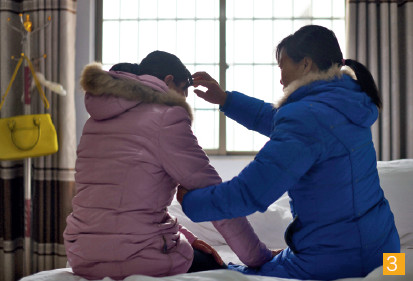 "p41-2-截至11 月30 日,丰城电厂""11·24""事故所有罹难者家属均已签订赔偿协议,赔付工作全部完成,罹难者家属正陆续返乡。CFP"