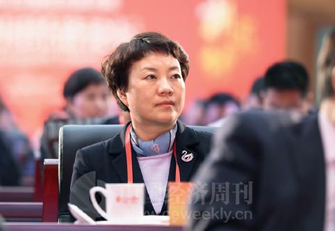 p10(5) 杭州市委常委佟桂莉出席论坛