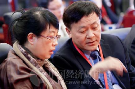 p15(3)国务院发展研究中心研究院王亦楠与丹佛斯中国区副总裁车巍出席论坛