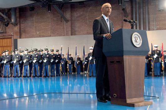 p45(2) 美国总统奥巴马在欢送仪式上发表演讲
