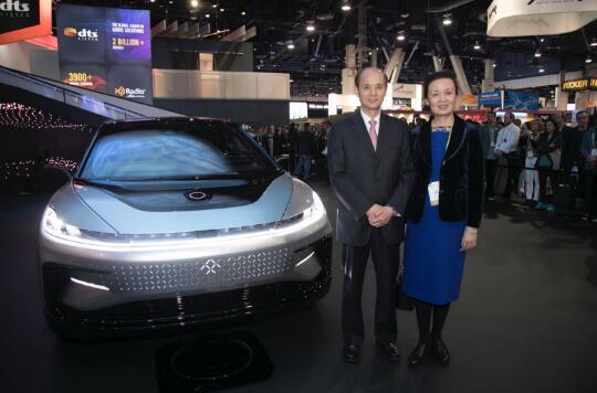 中国驻旧金山总领事馆罗林泉总领事与夫人乔力