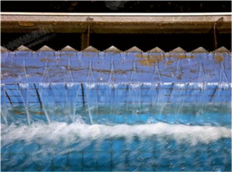 """p31-2 中国水环境集团""""全地下式""""广安第二污水厂。《中国经济周刊》视觉中心 首席摄影记者 肖翊 摄"""