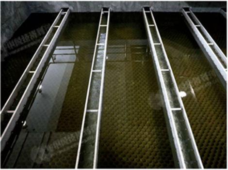 """p31-3 中国水环境集团""""全地下式""""广安第二污水厂。《中国经济周刊》视觉中心 首席摄影记者 肖翊 摄"""