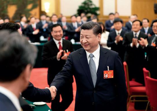 p20(2)2017 年3 月7 日,习近平总书记参加辽宁代表团审议。