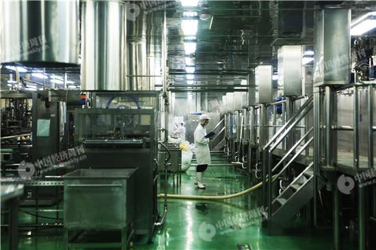 鲜活果汁工业(昆山)有限公司生产车间