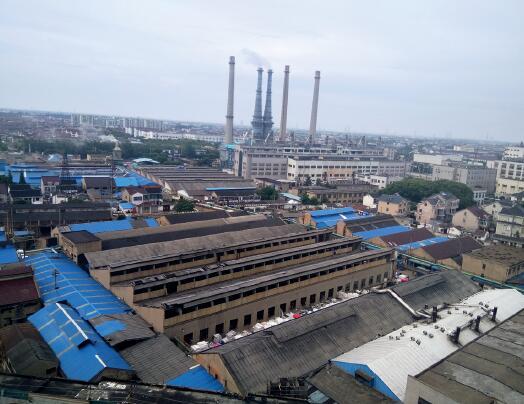 79-2 多数印染企业和居民区、商贸区混杂相处 摄影I 沈佳龙