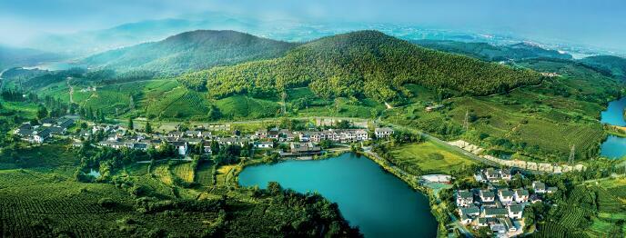 p77-江宁国企下乡打造的美丽乡村黄龙岘。 摄影 国庆