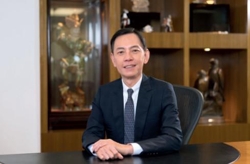 p67 香港实德环球集团主席杨海成