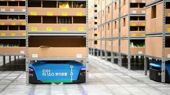 天猫位于广东惠阳的中国最大智能机器人仓库