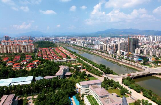 p66-新兴县县城风貌