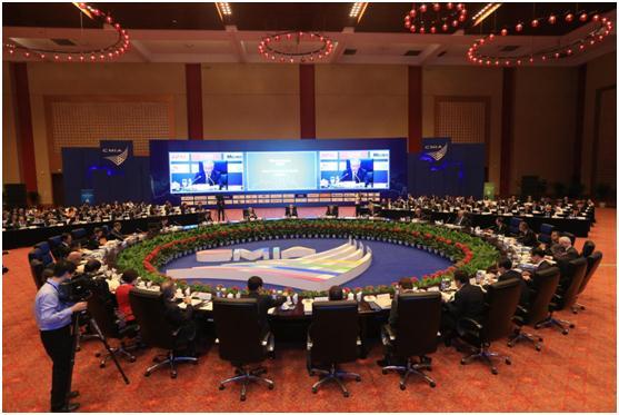 重庆市市长国际经济顾问团会议第十二届年会会议现场 夏一仁摄