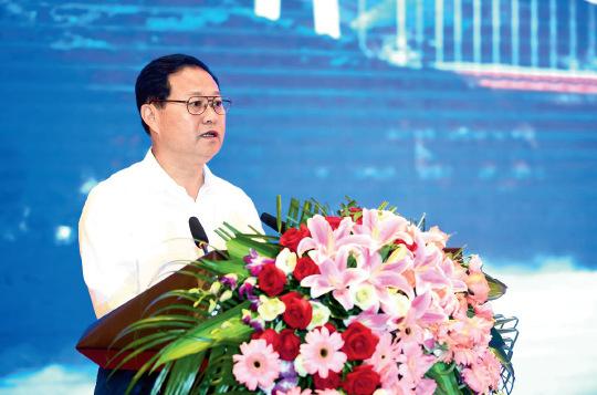 76-3 湘西州委书记 叶红专