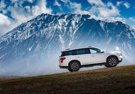 旗舰级大7 座SUV 传祺GS8 引领中国品牌向上
