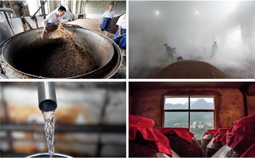 21 图为茅台镇酒厂的制酒过程。视觉中国