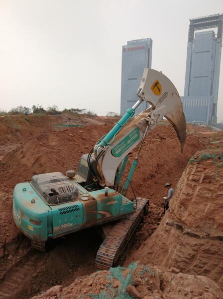 突破让成就更加卓越 畅安穿山甲成功推出30吨级别一体臂