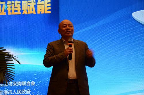 4、物润船联董事长朱光辉在论坛上做主旨演讲 陈瑜 摄
