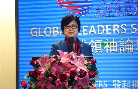 (中国行业品牌建设领军人物、香港国际板传媒集团CEO朱新兰女士致辞)