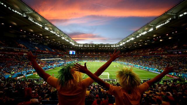 世界杯的场内场外