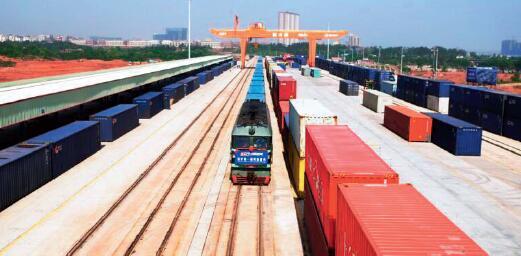 p-3繁忙的赣州港