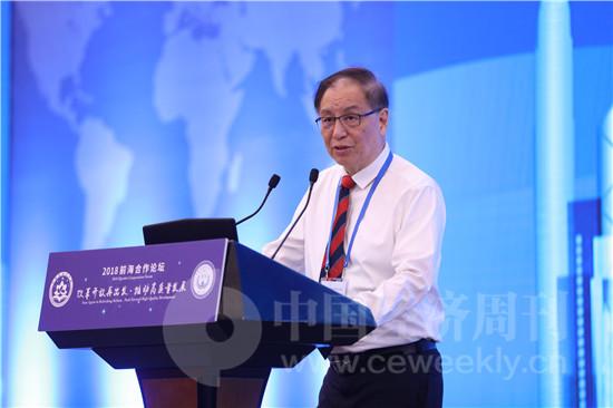 中国银监会原主席 刘明康