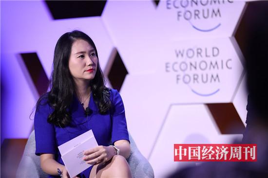6《中国经济周刊》编委张璐晶