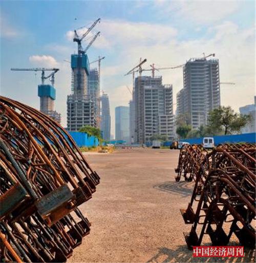 p69 丽泽金融商务区南区部分建筑主体已经成型 《中国经济周刊》首席摄影记者 肖翊I 摄_副本
