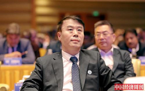 26-4 人民日报社秘书长乔永清在论坛现场