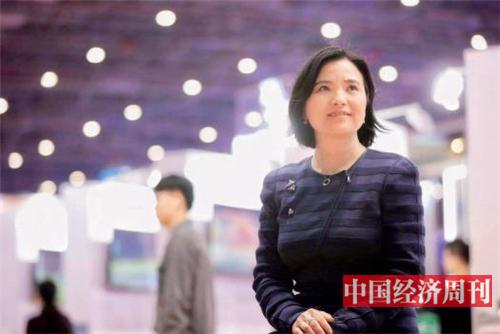 p43-格兰富中国区总裁杨迎芳 《中国经济周刊》首席摄影记者 肖翊 摄