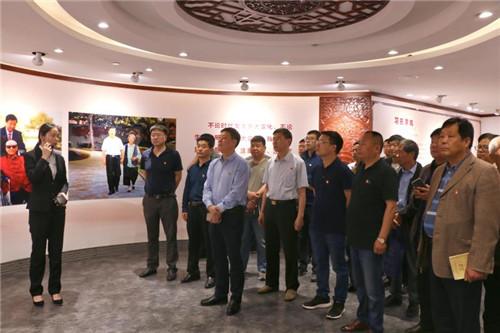 6  洛龙区委组织部机关党员干部参观洛阳市家风家训馆