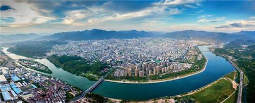 p76-俯瞰麗水城 供圖:麗水日報