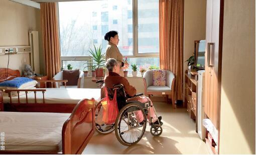 """p49 城企联动普惠养老专项行动,提出了""""医养深度融合""""的目标。"""