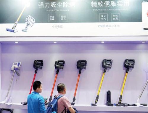 p91-2从产品布局中,外资品牌大而全,国产品牌则是小而精,两个阵营正在激烈交锋。视觉中国