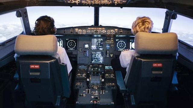 中國學員在美航校墜機,只是不幸嗎?