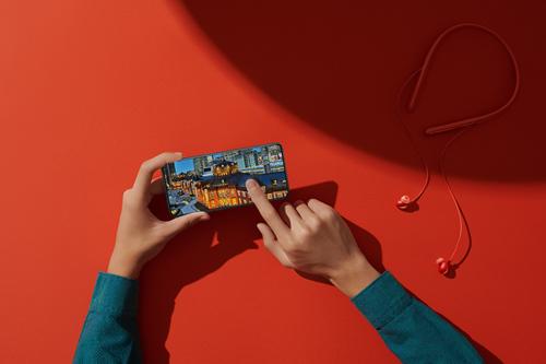 OPPO发布Reno系列全新产品OPPO Reno2和OPPO首款无线降噪耳机OPPO Enco Q1