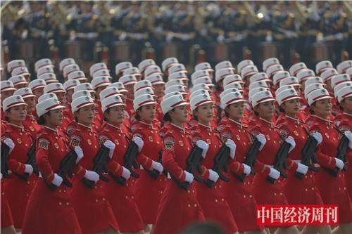 7这是女民兵方队。