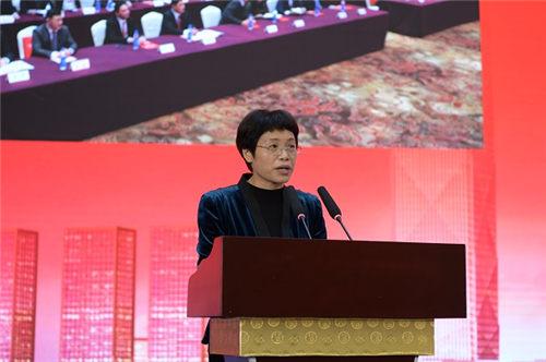 3、吳江區委常委、副區長李衛珍主持大會 (陳瑜 攝)