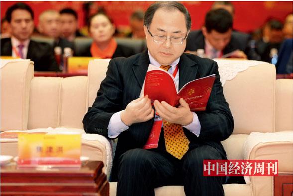 P009 中国证监会首席律师焦津洪在论坛现场
