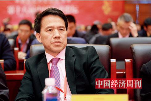 P12 中国市场监督管理学会秘书长李红旭在论坛现场