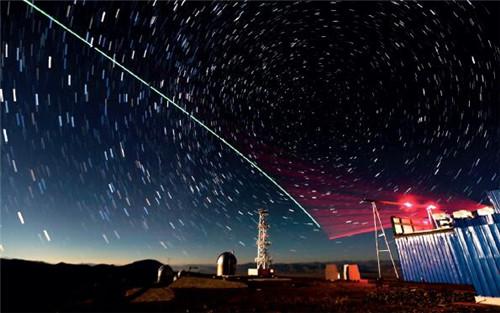 """p16-32016 年12 月9 日""""墨子號""""量子科學實驗衛星與阿里量子隱形傳態實驗平臺建立天地鏈路。"""
